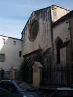 Façana de l'església de Sant Francesc des del carrer Sant Pere