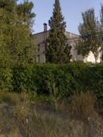 El monestir de la Mare de Déu del Carme des de la carretera de Sant Martí
